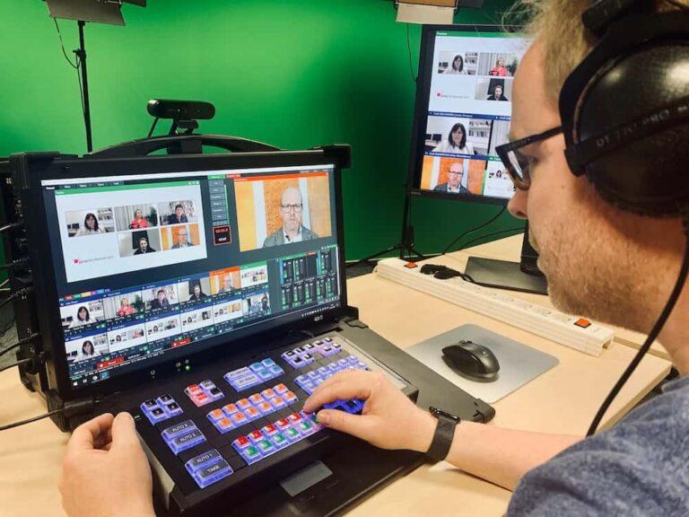 Virtuelle Podiumsdiskussion - Bildmischung im Einsatz